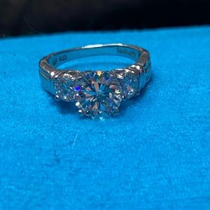 Silver 925 ring with cz diamonds